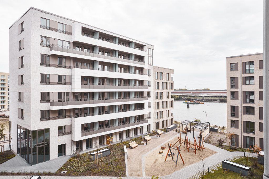 Westfassade des Projektes Festland im Baakenhafen